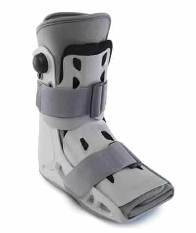 Best Walking Boots for Bunions